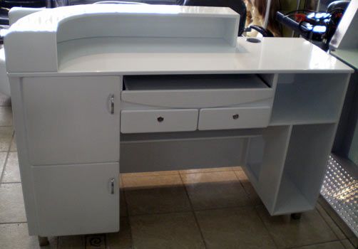 R11 - Reception Desk - Back