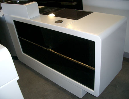 R16 Reception Desk